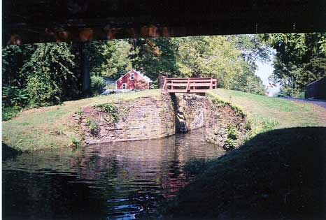 Lock 18, Uhlertown from under the Covered Bridge