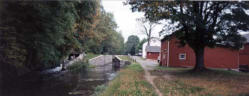Lock 19 in Lodi, looking North.